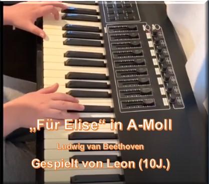 Foto Leon Klavierspiel 17.07.20